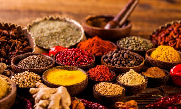 Rempah & Herbal Indonesia Teratas untuk Disimpan di Dapur Anda